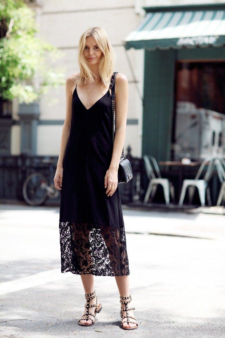 1ce932c808f Võite valida boho stiilis riietuse gooti või kaasaegses stiilis. Sellised  kleidid olid moe naistele tuntud juba sada aastat tagasi. Need on õrnad  kleidid, ...